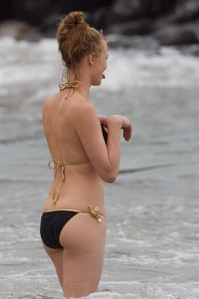 Yvonne Strahovski in a bikini - ass