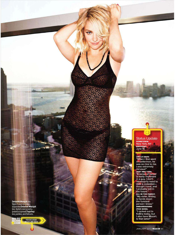 Abby Elliott in lingerie