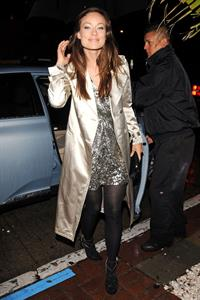 Olivia Wilde dines at a restaurant in Los Angeles with her husband Tao Tuspoli on March 6, 2010