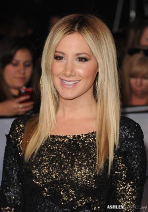Ashley Tisdale video Breaking Dawn 2 premiere in LA 11/12/12