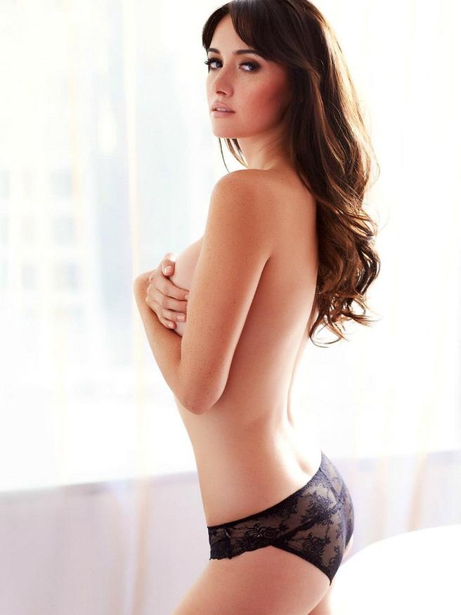 Sara Malakul Lane in lingerie