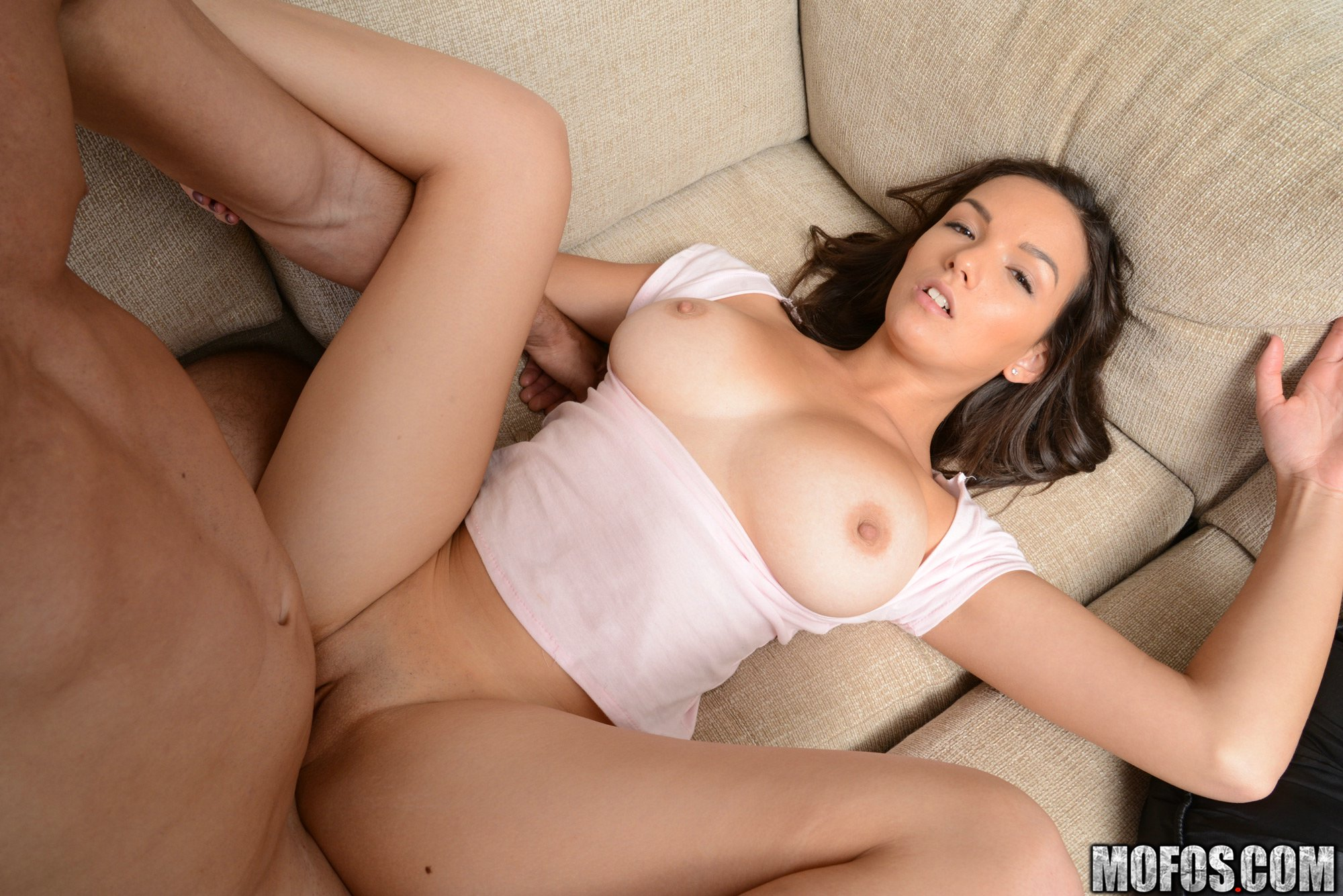 Shae Summers Pictures. Babe Rating = 9.51/10