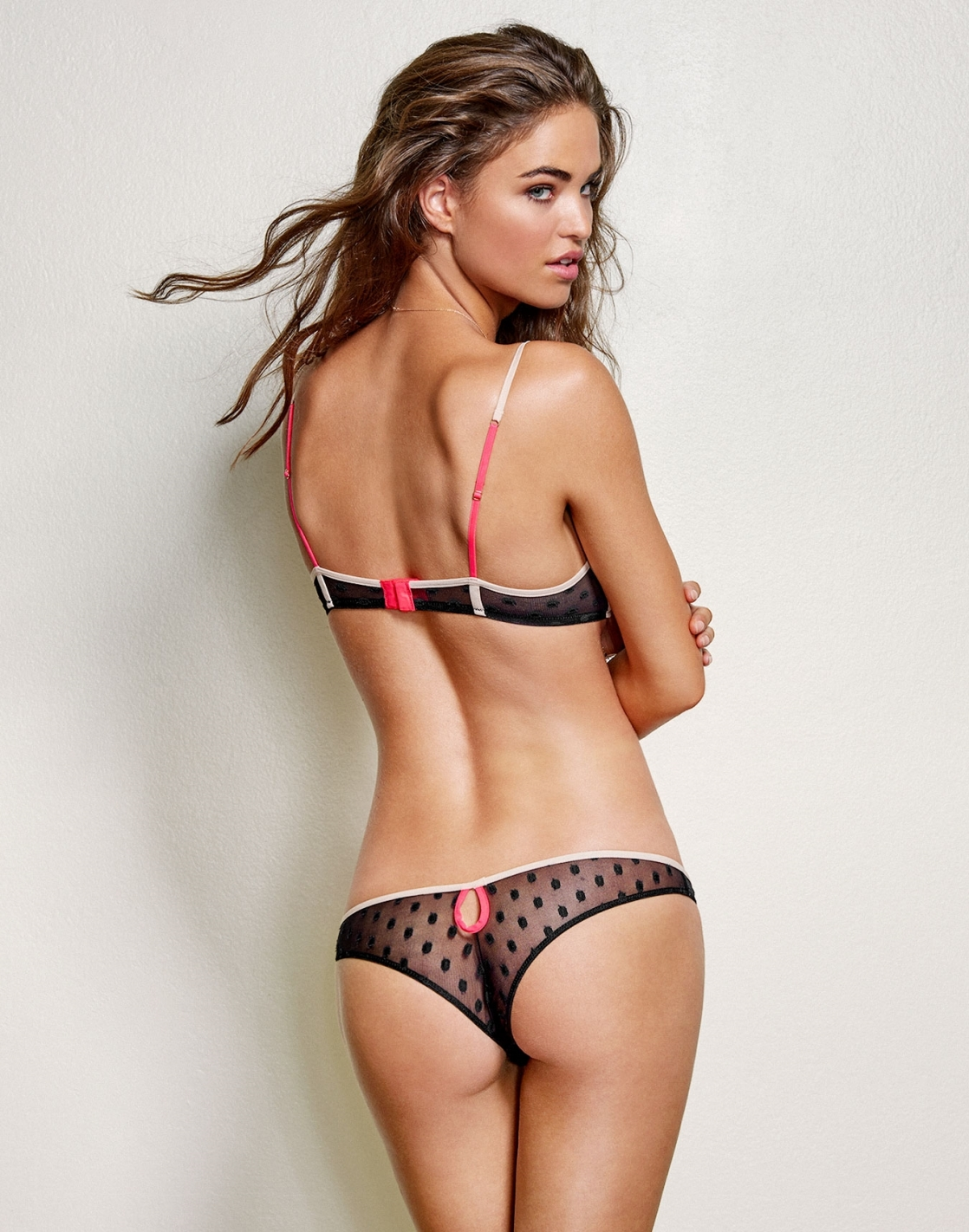 Robin Holzken in lingerie - ass