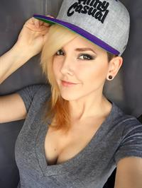 Darshelle Stevens taking a selfie