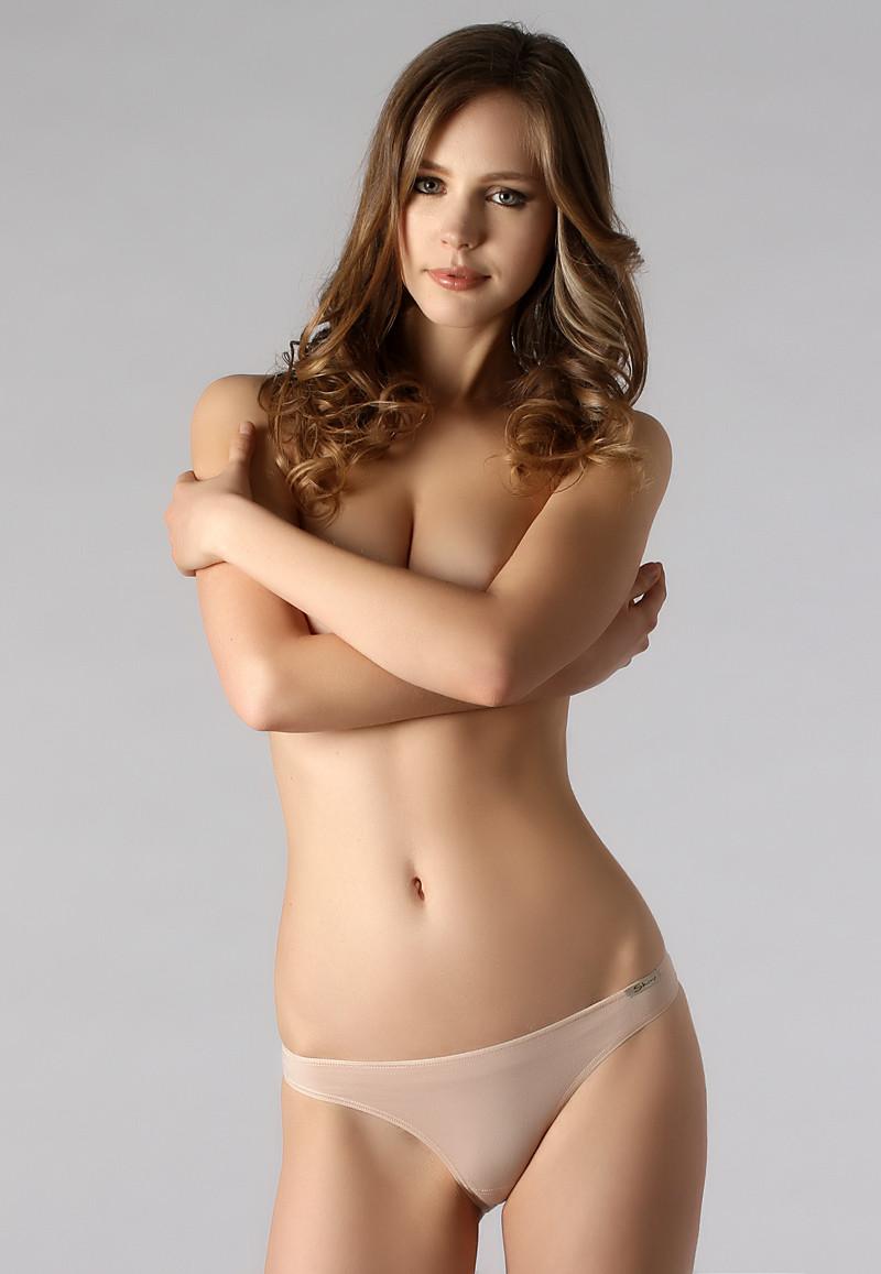 Olena Popova in lingerie