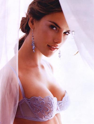 Gal Gadot in lingerie