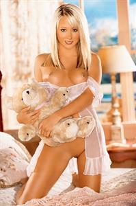 Sara Jean Underwood - breasts