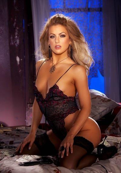Mia Presley in lingerie