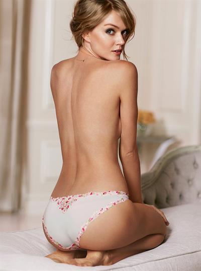 Lindsay Ellingson in lingerie - ass