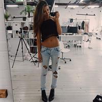 Pia Muehlenbeck taking a selfie