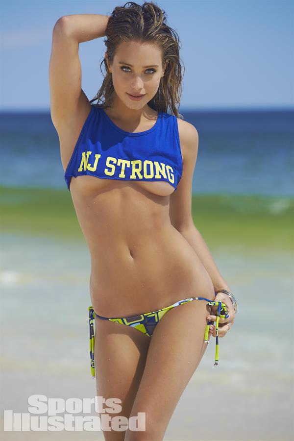 Hannah Davis Sports Illustrated Swimsuit