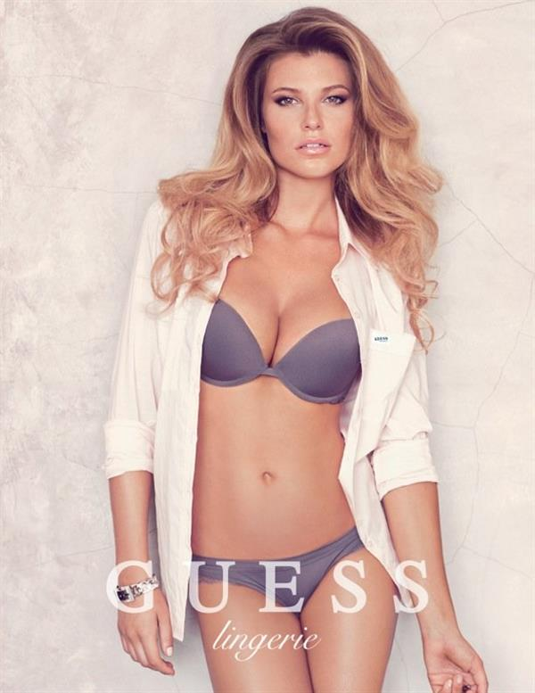Samantha Hoopes for Guess!