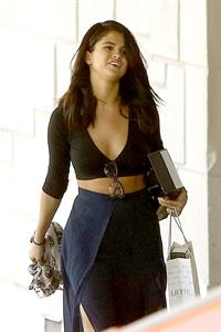 Selena Gomez makes a stop at Nine Zero One salon in West Hollywood June 11, 2014