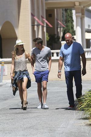 Bar Refaeli spending the afternoon with family in L.A. June 9, 2014