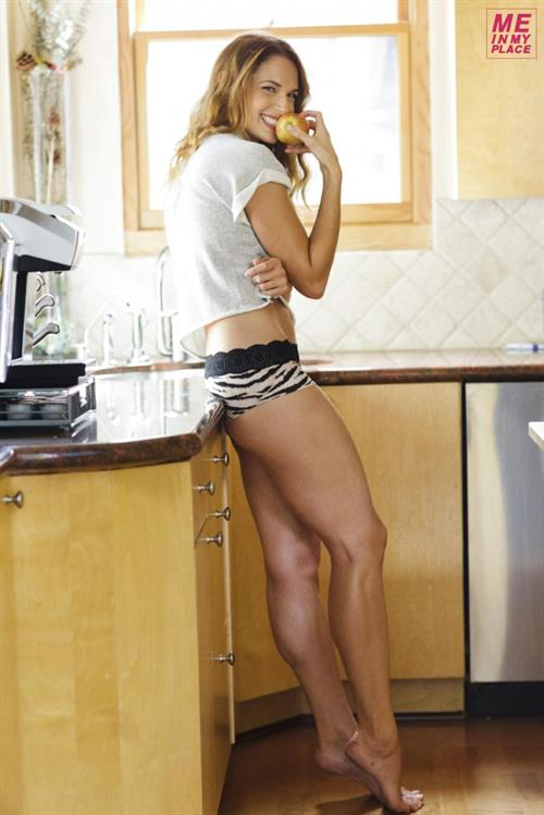 Amanda Righetti - Me in My Place