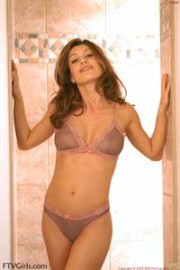 Isabella Camille in lingerie