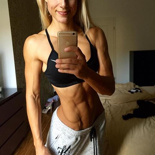 Adrienne Koleszár taking a selfie