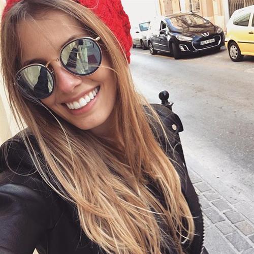Paola Antonini taking a selfie