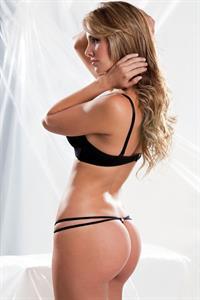 Lina Polanía in lingerie - ass