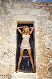 Tetyana Veryovkina in lingerie