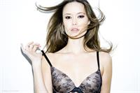 Summer Glau in lingerie