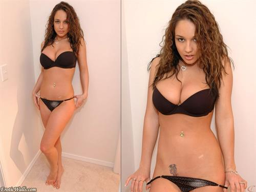 Nikki Sims in lingerie