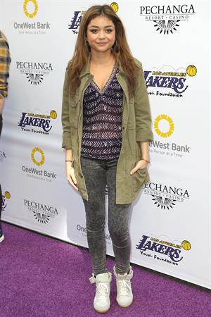 Sarah Hyland at the 2013 Lakers Casino Night in LA March 10, 2013