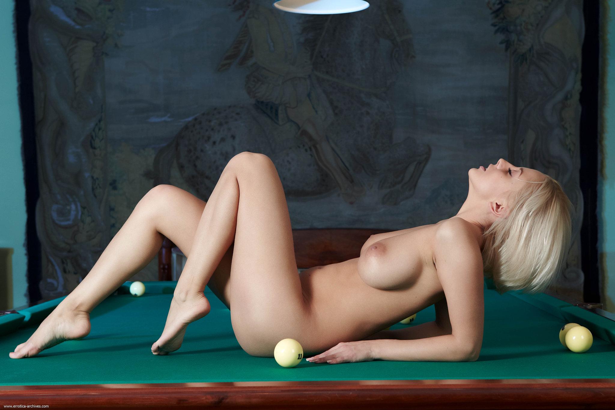 Mandy Dee - breasts