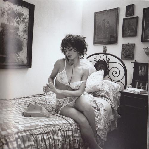 Catrinel Menghia in lingerie taking a selfie