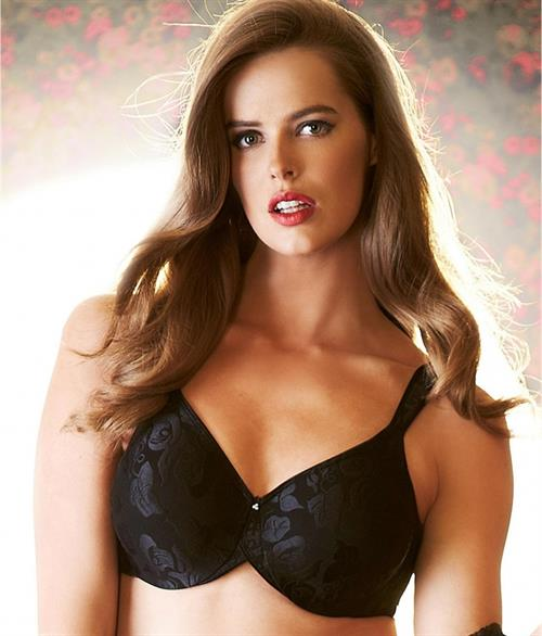 Robyn Lawley in lingerie
