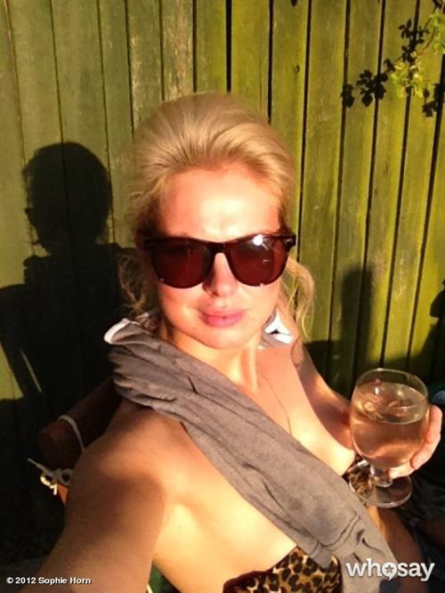 Sophie Horn taking a selfie