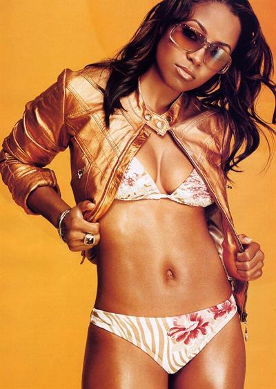 Keshia Knight-Pulliam in lingerie