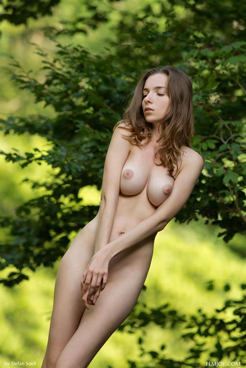 mariposa nude