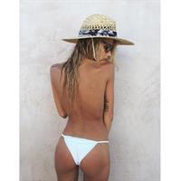 Sahara Ray in a bikini - ass