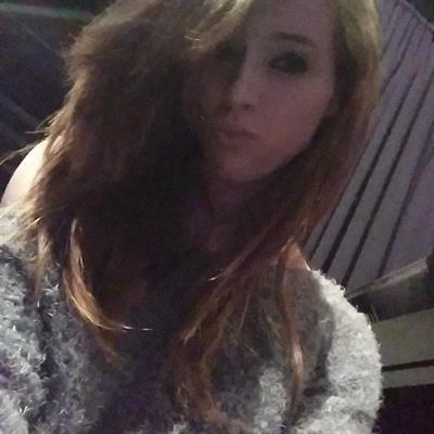 Caitlin McSwain taking a selfie