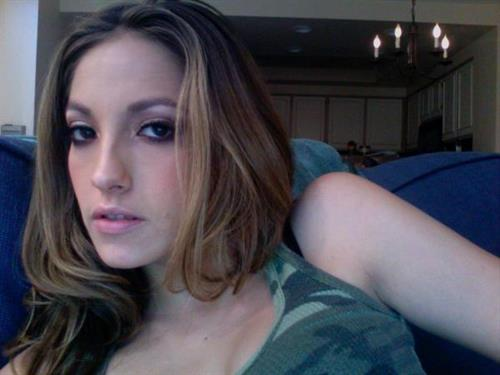 Jenna Haze taking a selfie