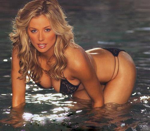 Carla wakelin nude taylo pussy cute