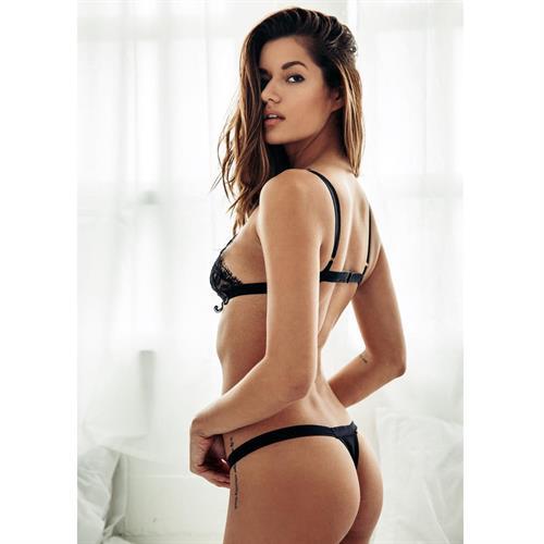 Vanessa Hanson in lingerie - ass