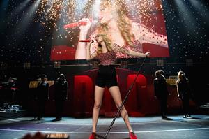 Taylor Swift on stage at the KIIS FM 2012 Jingle Ball concert at Nokia Theatre in Los Angeles - December 1, 2012