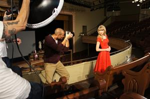 Taylor Swift Nigel Barker photoshoot 2012