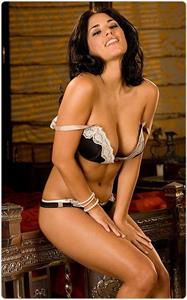 Janine Habeck in lingerie