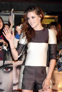Kristen Stewart The Twilight Saga: Breaking Dawn Part 2 photocall in Tokyo October 24, 2012