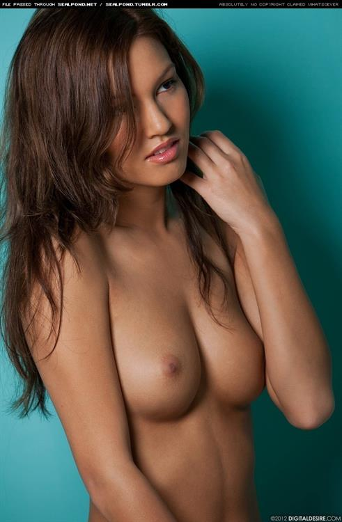 Kimberly Kato Nude - 219 Pictures in an Infinite Scroll