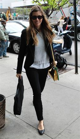 Jessica Biel - Spotted in New York City (06.05.2013)