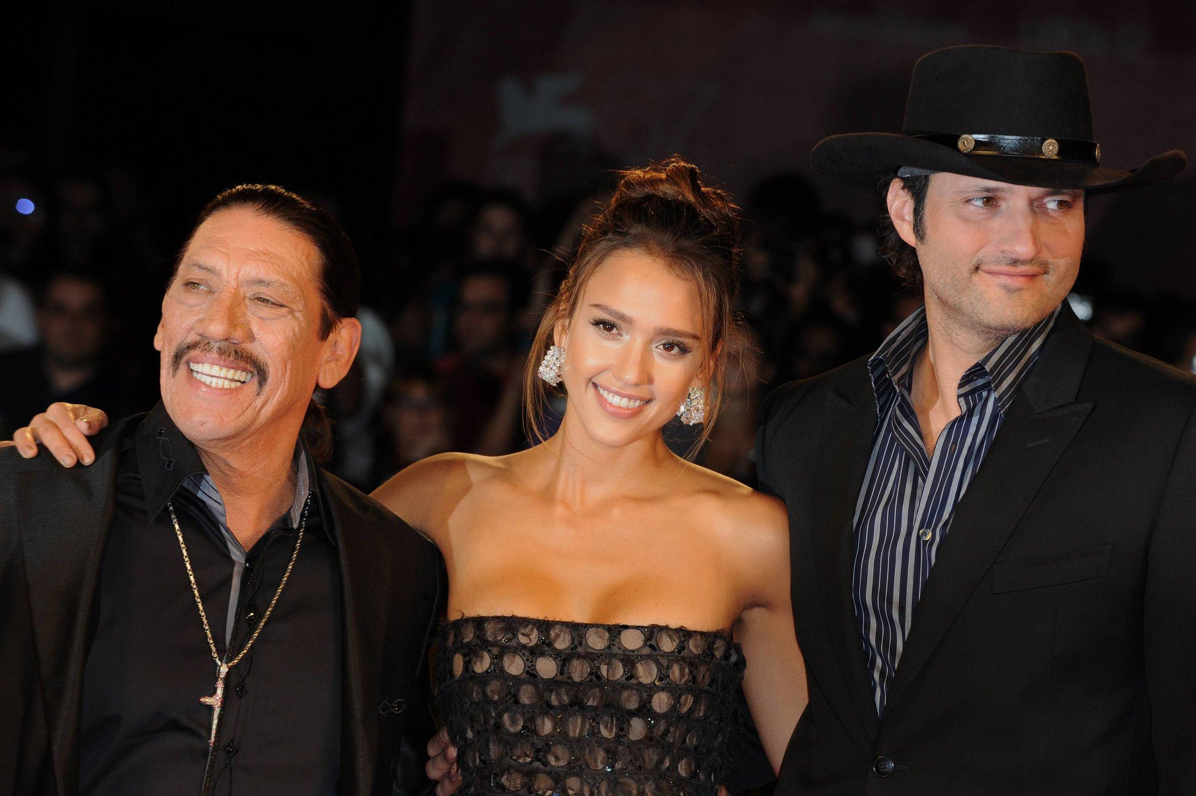 Paula Nievas And Jessica Dating Danny Trejo Alba wagering not unlike