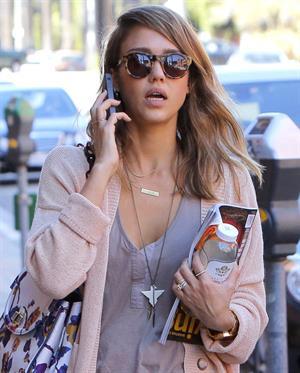 Jessica Alba – Candids in Beverly Hills 11/5/13