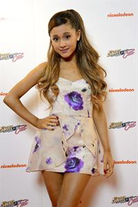 "Ariana Grande – ""Sam & Cat"" Premiere in London 10/12/13"
