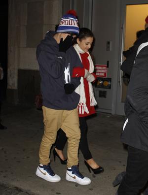 Ariana Grande in New York City 1/1/13