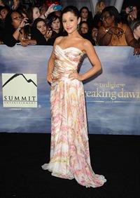 Ariana Grande Breaking Dawn 2 Premiere in LA 11/12/12
