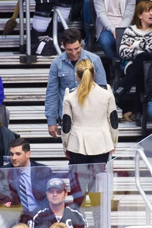 Kristen Bell with DaShepard at the Staples Center in Los Angeles (Feb 27, 2013)